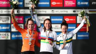 Annemiek Van Vleuten conquistó el maillot arcoíris el año pasado.