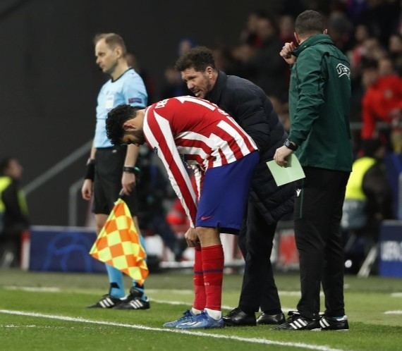 Atletico Madrid have to attack more if Luis Suarez is going to score goals