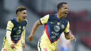 Giovani dos Santos sería titular ante Cruz Azul
