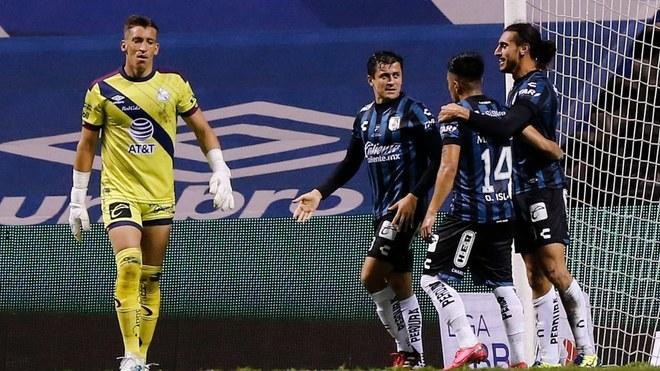 Puebla y Gallos empatan en el Estadio Cuauhtémoc.