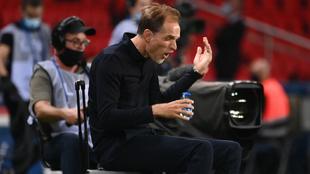 Tuchel se queja durante un partido con el PSG