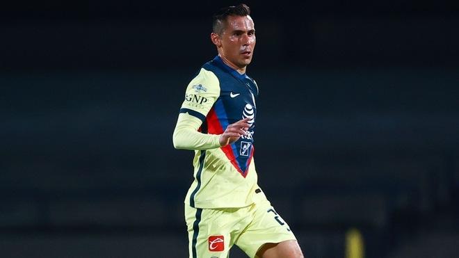Paul Aguilar saltaría de titular para el Clásico Joven.