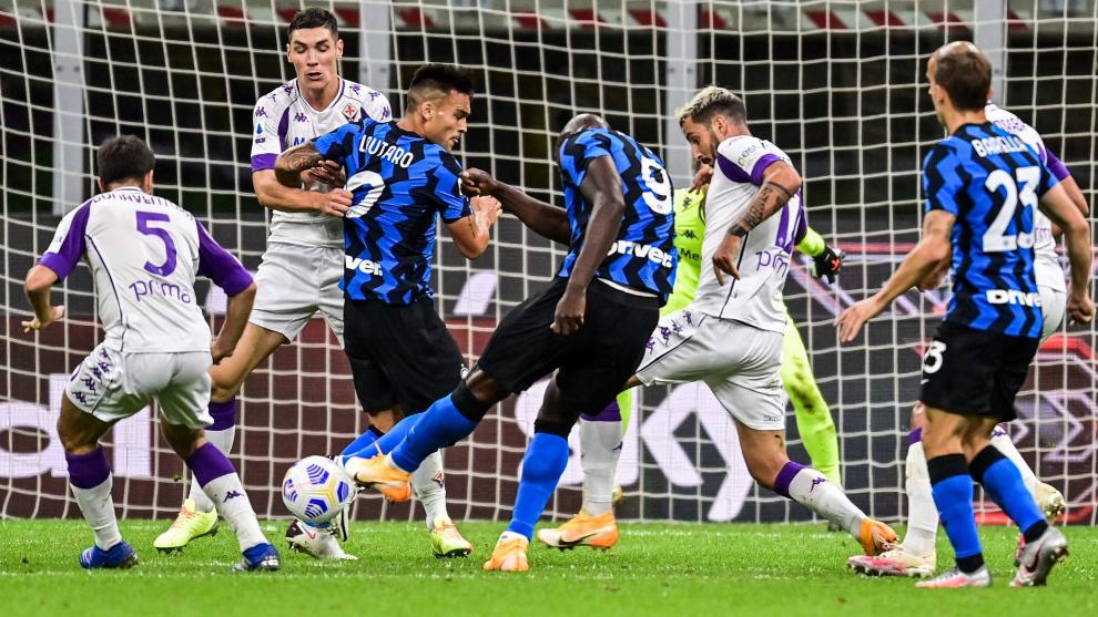 Inter Milan Vs Fiorentina Un Inter Loco Remonta Dos Veces A La Fiorentina Y Gana En Su Estreno En Serie A Serie A