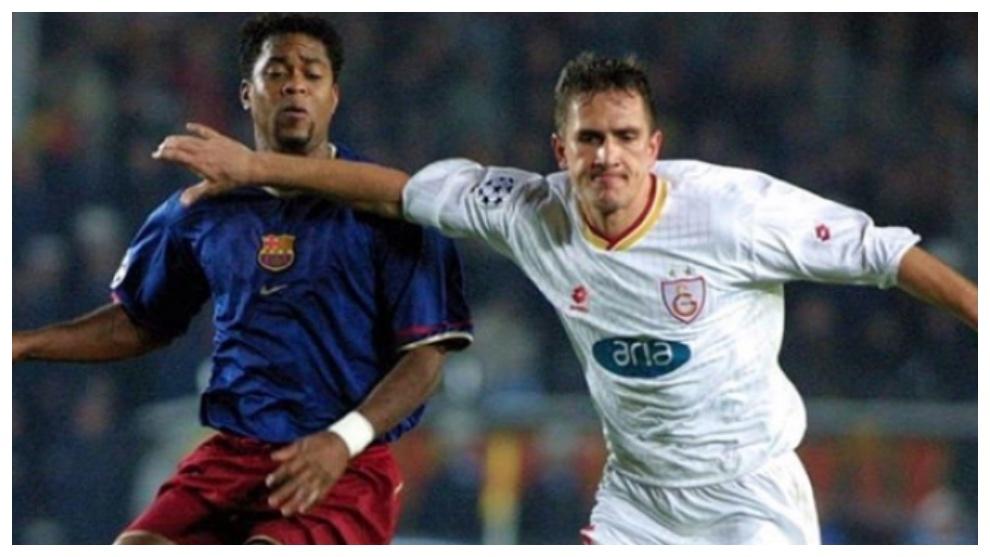 Emre Asik, en un partido frente al FC Barcelona. Instagram: Emre Asik