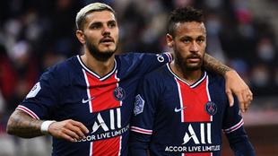Icardi y Neymar, durante el partido contra el Reims