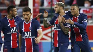 Mauro Icardi en el festejo de sus goles con el PSG.