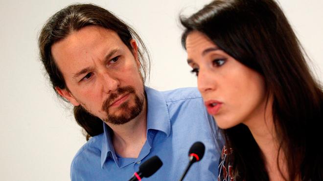 Pablo Iglesias e Irene Montero, en una imagen de archivo durante una...
