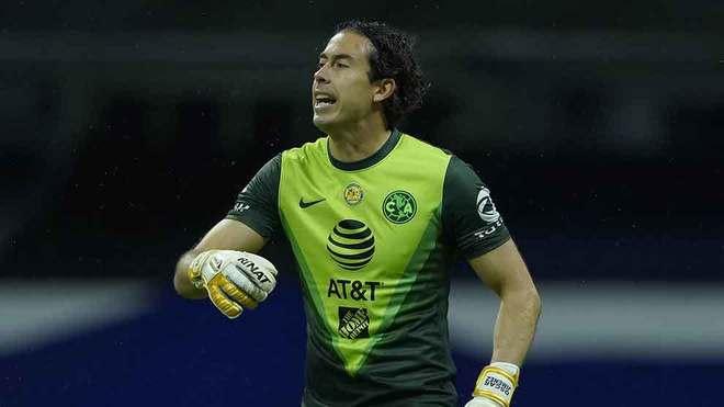 Jiménez fue titular ante la lesión de Ochoa.