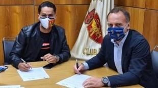 Rai Nascimento firma su renovación con el Real Zaragoza
