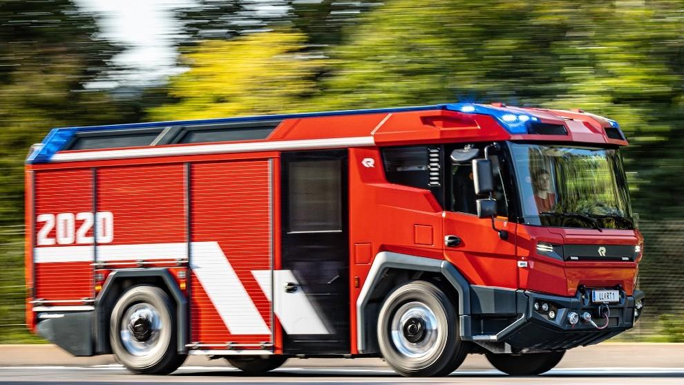 El 'apagafuegos' eléctrico de Volvo para los bomberos de Berlín, Amsterdam y Dubai