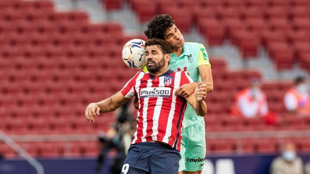 Diego Costa durante el partido contra el Granada de la jornada 3 de...