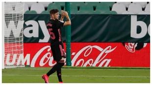 Fede Valverde celebra el gol que anotó en el Villamarín.