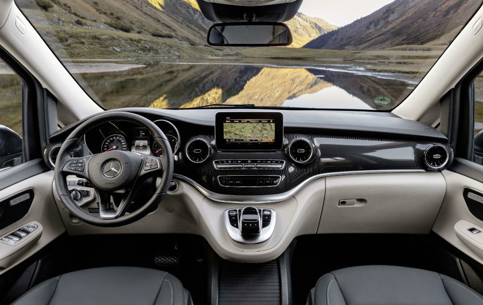 La Marco Polo incluye el sistema multimedia MBUX ya conocido en los turismos Mercedes.