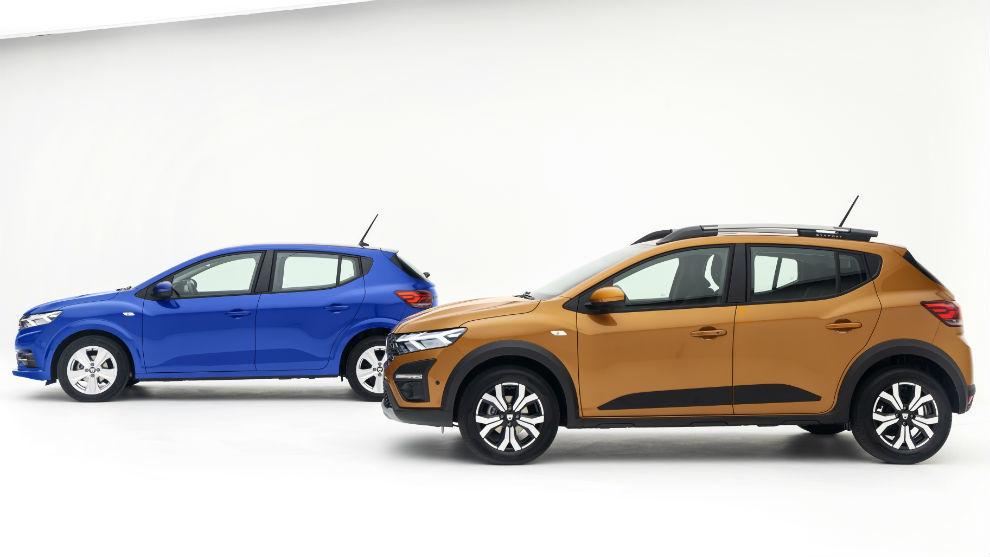 Los nuevos Dacia Sandero (izquierda) y Sandero Stepway (derecha).