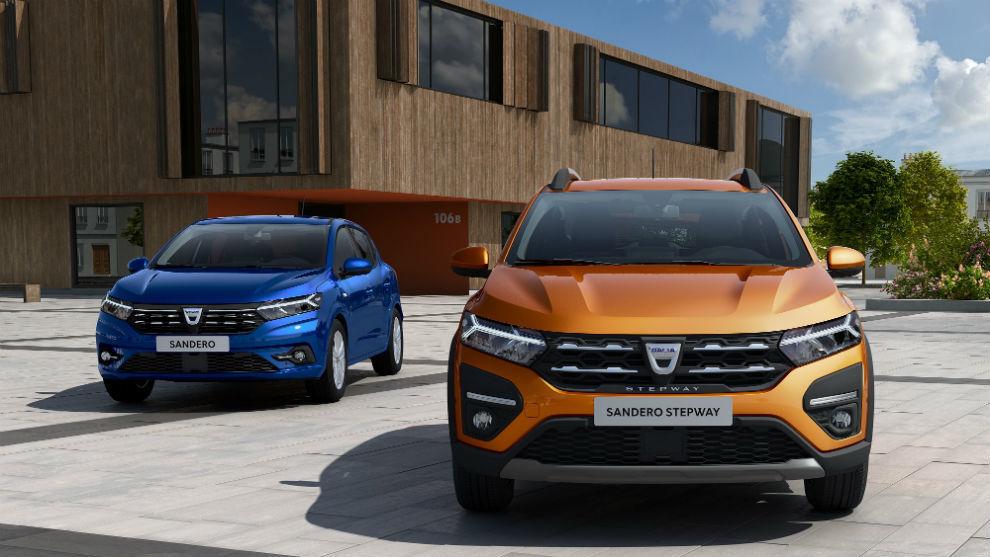 Los nuevos Dacia Sandero (izquierda) y Stepway (derecha).