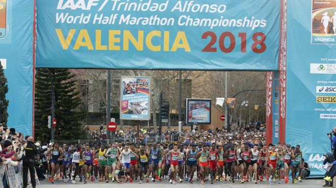 Salida de la prueba masculina del Mundial de Medio Maratón de...