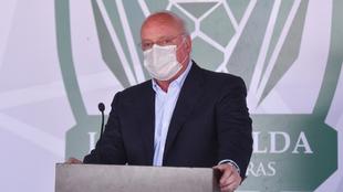 Enrique Bonilla muestra su apoyo a la Comisión de Árbitros