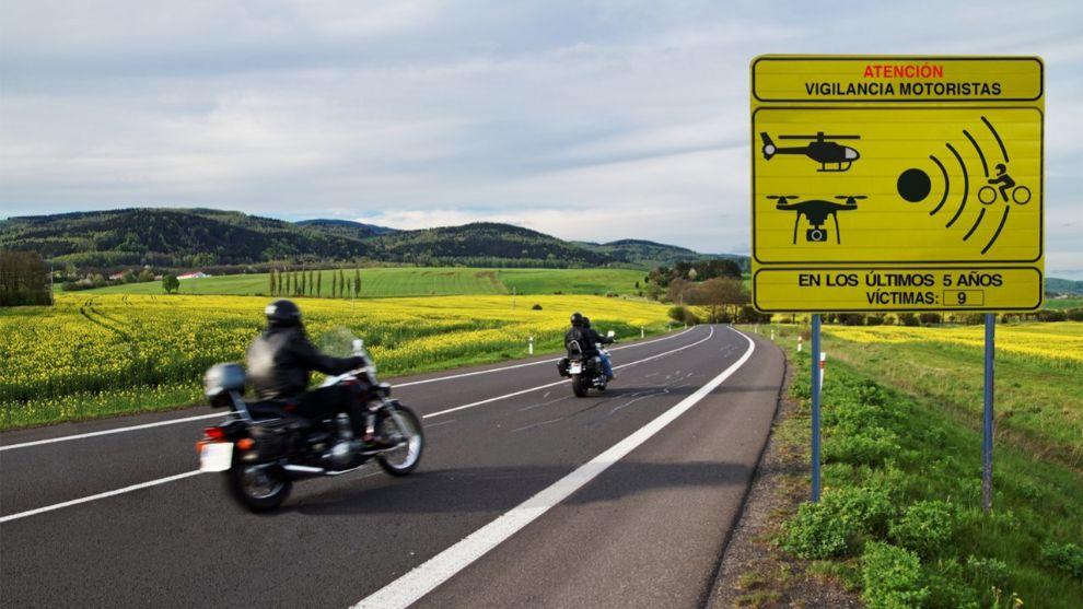 La DGT identifica y señaliza los 100 tramos de mayor riesgo para motoristas