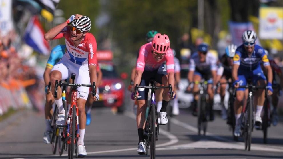 Mathieu Van der Poel no podrá volver a levantar los brazos en la...