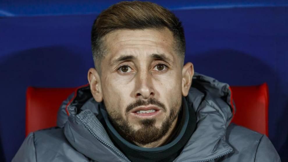Héctor Herrera, en el banquillo en un partido del Atlético de...