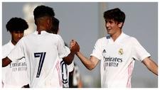 Marvi y Carlod Dotor celebra el gol con el que el Madrid abrió el...