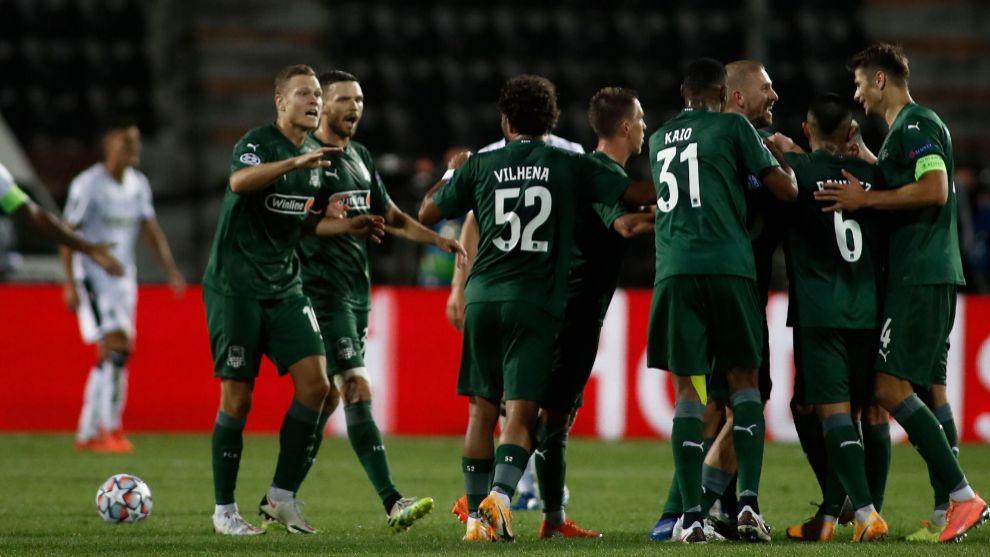 Krasnodar, Midtjylland y Salzburgo vencen y estarán en la fase de grupos