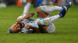 Nicolás Otamendi se duele con Argentina