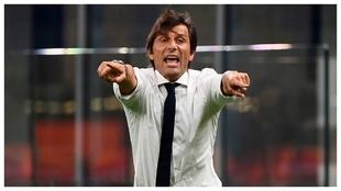 Antonio Conte, entrenador del Inter, durante un partido.