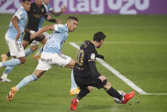 El balón de Messi que acabó en autogol