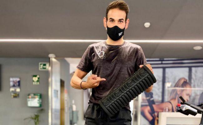 Foam Roller: qué es y por qué deberías usar este rodillo de espuma si haces deporte