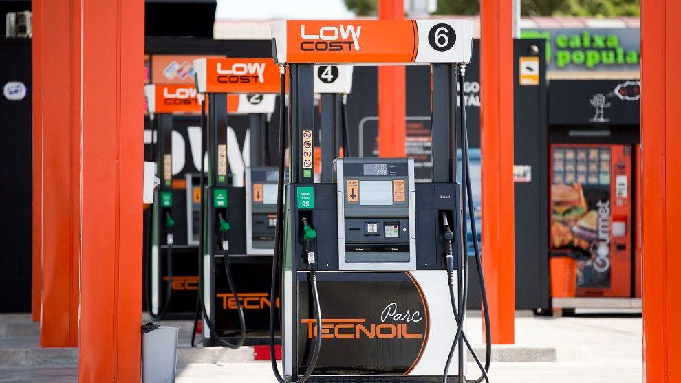 Las cadenas de gasolineras más baratas de España, según la OCU