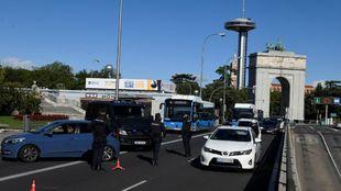 Controles de la Policía en la ciudad de Madrid, de nuevo bajo...