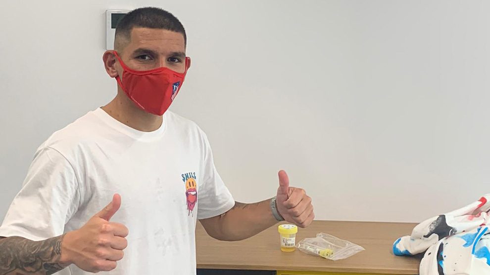 Torreira passes medical with Atletico Madrid