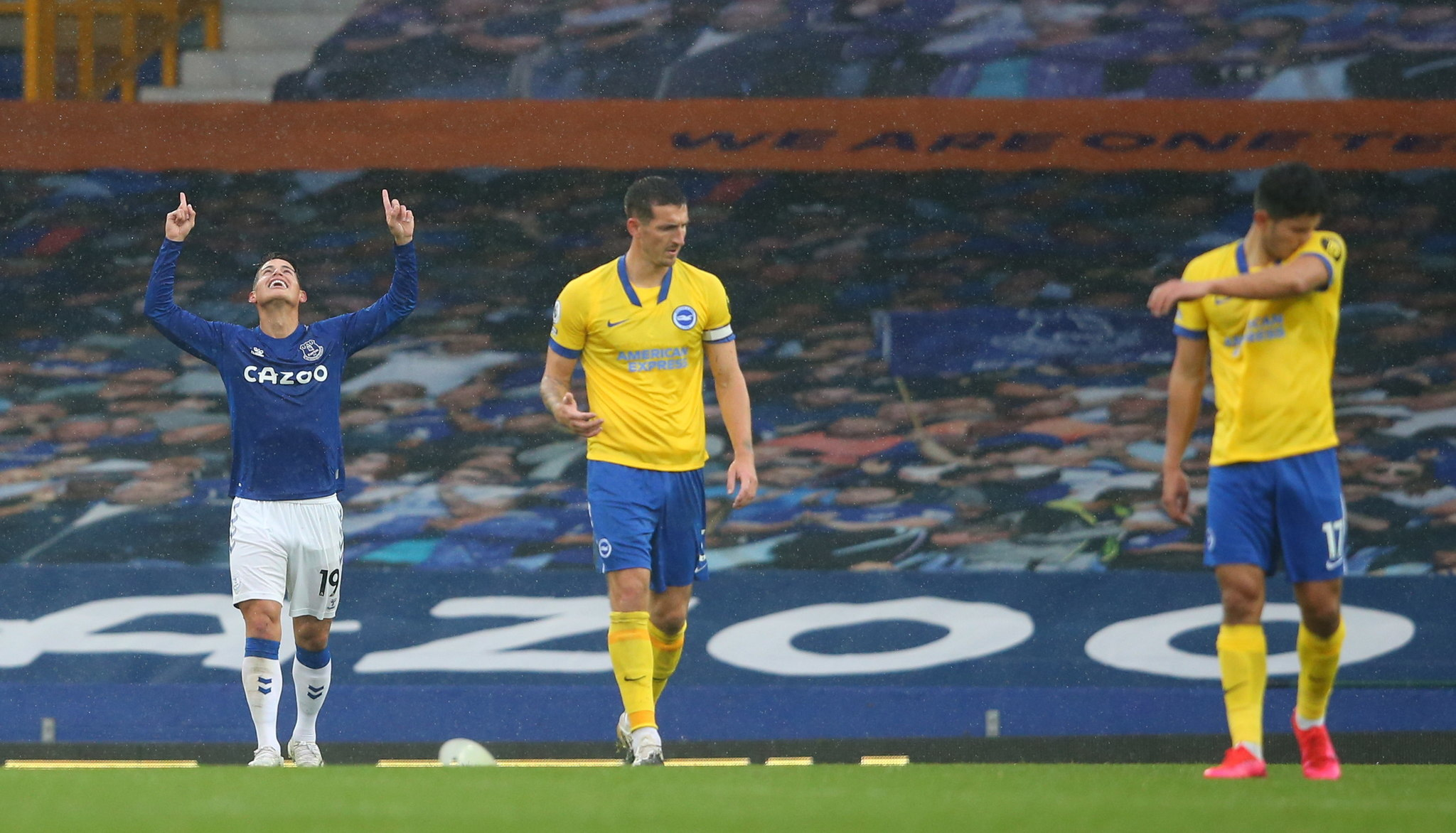 Everton's perfect start of the season continues as James Rodriguez shines