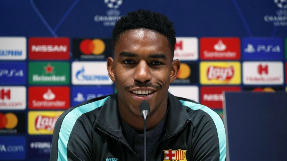 Junior Firpo and Rafinha to stay at Barcelona