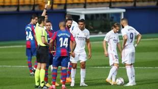 """""""Recuerden que las jugadas grises siempre favorecen al Madrid..."""""""