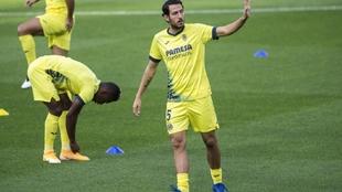 Dani Parejo durante un entrenamiento del Valencia.
