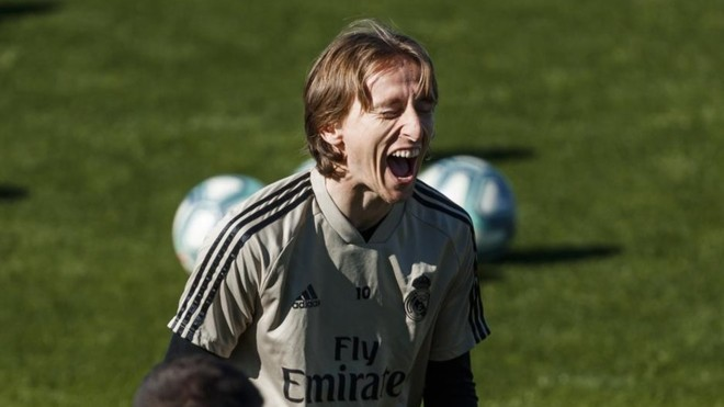 Modric: I'd like to renew my contract and finish my career at Real Madrid