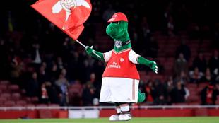 Gunnersaurio, lors d'un match avec Arsenal