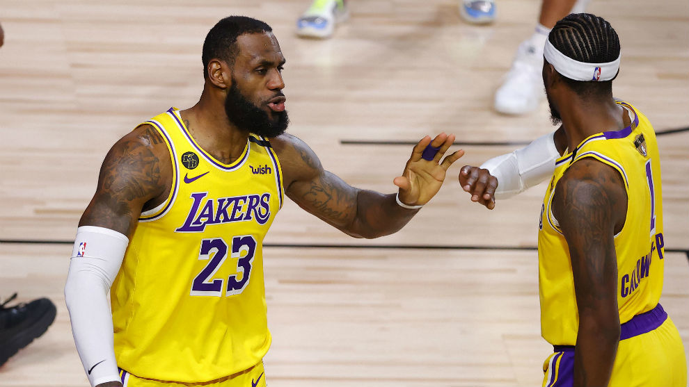 LeBron James y Caldwell-Pope