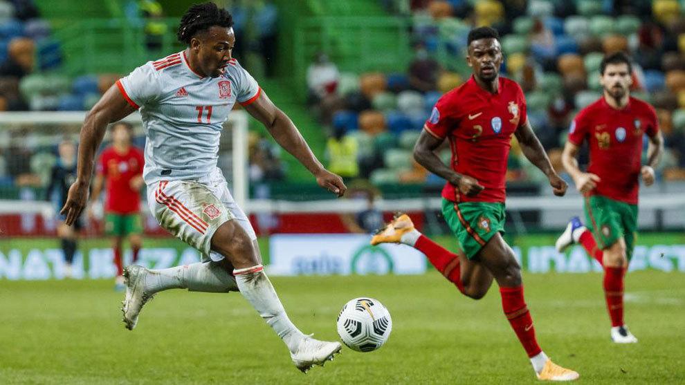 Adama, contra Portugal.