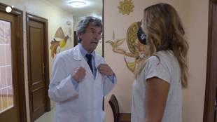 Gabriel Ruiz, durante su conversación con la reportera de Cuatro,...