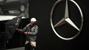 Mercedes deshecha la posibilidad de fabricar motores para Red Bull. |