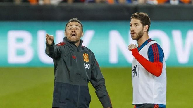 Luis Enrique et Sergio Ramos.