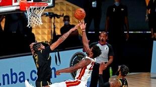 Jimmy Butler salvó al Heat con 35 puntos, 12 rebotes y 11 asistencias...