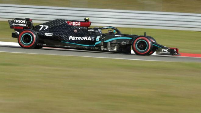 Valtteri Bottas, durante la clasificación del GP de Eifel.