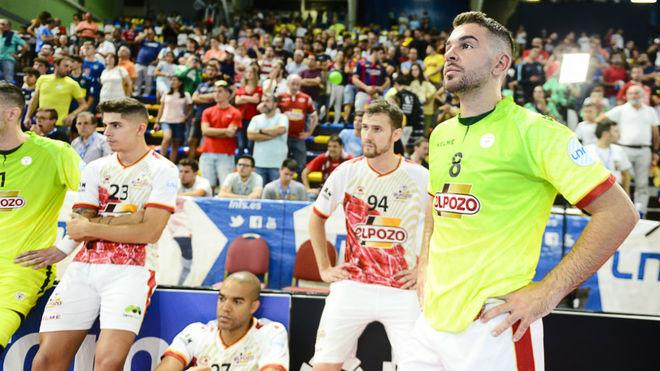 Los jugadores de ElPozo, cabizbajos tras perder la Supercopa en 2019...