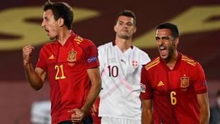 El dúo de la Real Sociedad fue titular en la selección española.