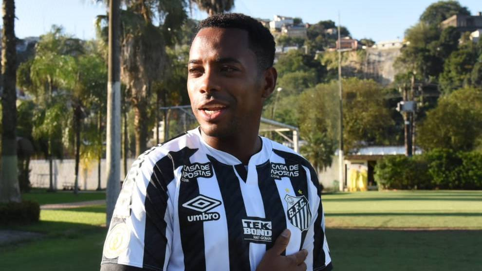 Robinho returns to Santos and will earn close to minimum wage