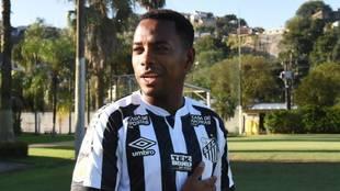 Robinho vuelve al Santos por menos de 200 euros al mes